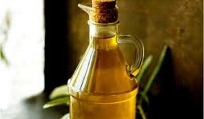 Olive Oil Cleans Household Items!