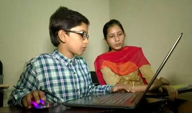 This 11YO Boy Teaches BTech, MTech Students