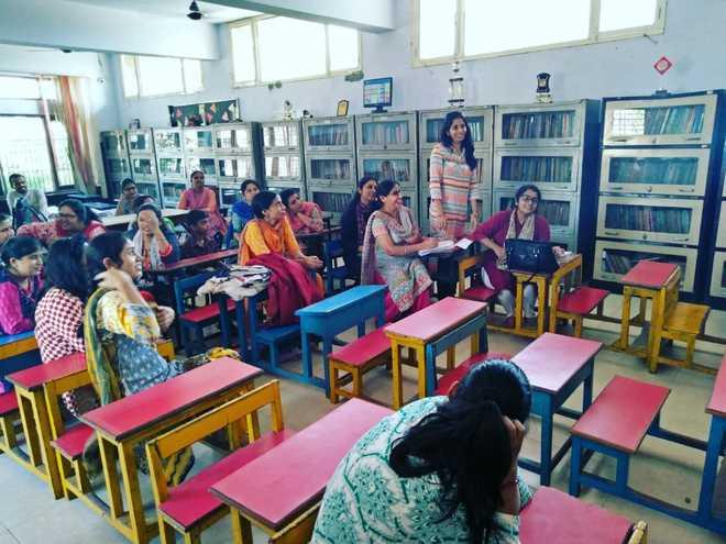 Seminar On Enhancing Multiple Intelligences