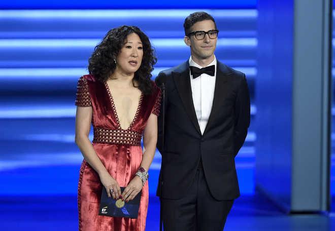 Sandra Oh, Andy Samberg To Host 2019 Golden Globes