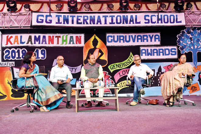 GGIS Recognises Educators At Guruvarya Awards And Teachers' Conference 2018
