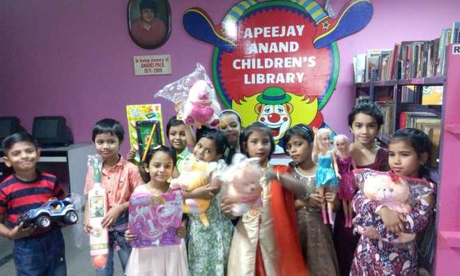 Children's Day celebration at Apeejay Park Street