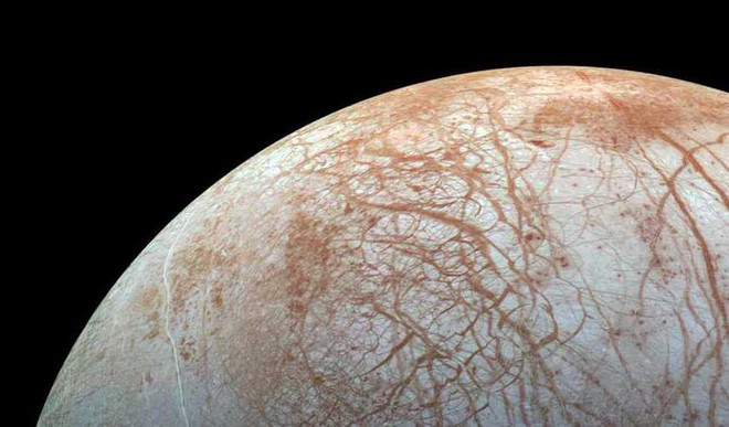 Nuclear 'Tunnelboat' To Search Life On Jupiter's Moon