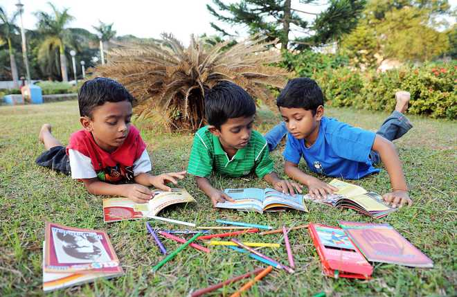 Anand: We Must Cultivate Reading Habit