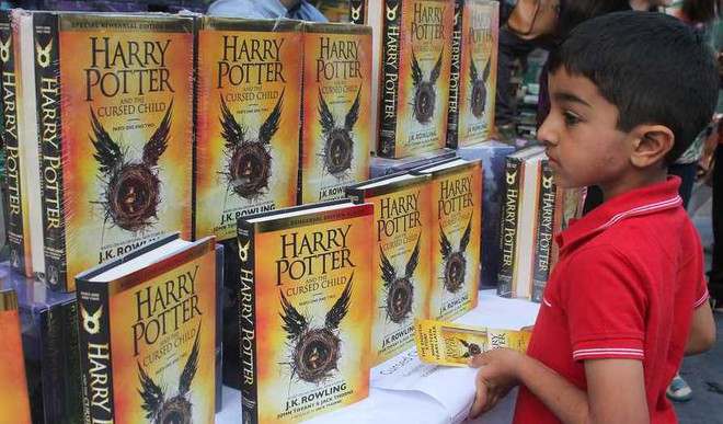 Roma: Which Is Your Fav Harry Potter Book?