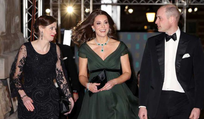 BAFTA: Kate Goes Green On Time's Up Dress Code