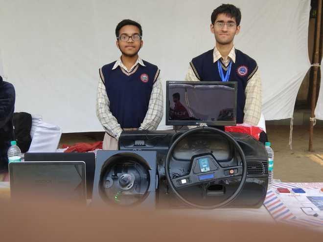 Bhavanites' Model Wins At CBSE Science Exhibition