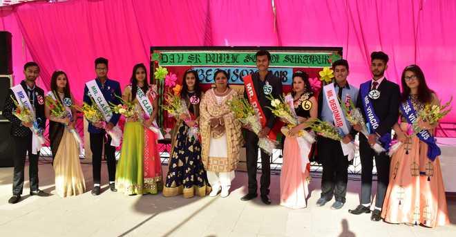 DAV Surajpur Bids Adieu To Class XII