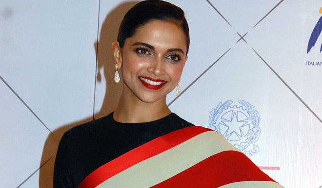 Now Deepika Is A Poetess And Net Can't Keep Calm
