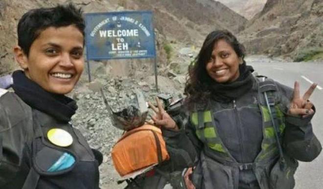 World Record: 2 Women Bike From Kanya To Leh In 5 Days