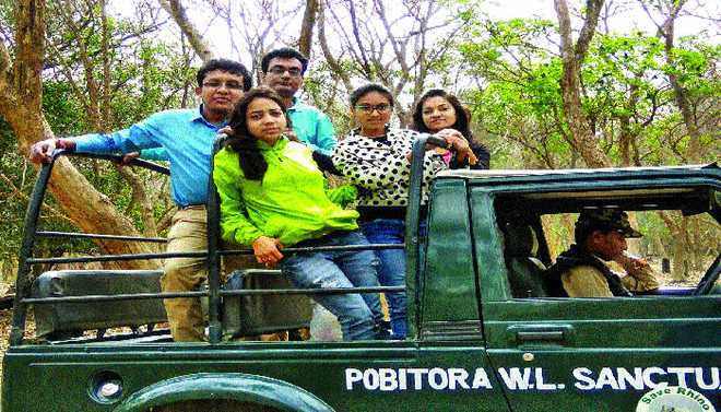 Bipasha Describes Visit To Pobitra Wildlife Sanctuary