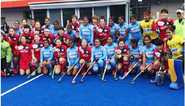 Women's Hockey Team Start With Win