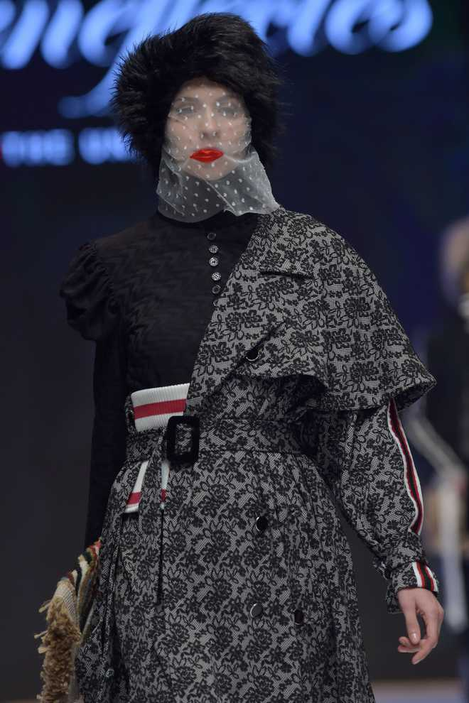 Times nie know brag muslim fashion week in jakarta stopboris Image collections