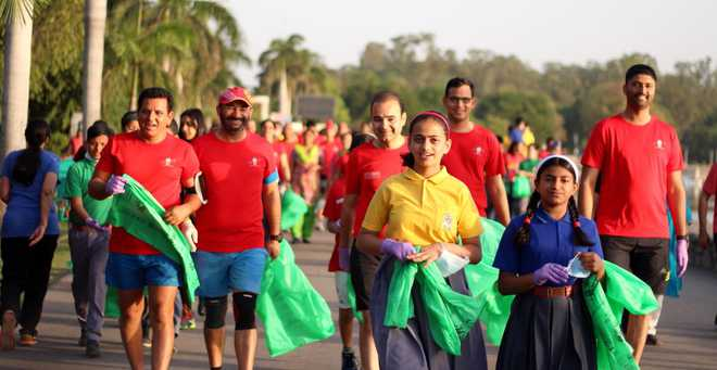 Kids takes Part In Run & Clean Drive