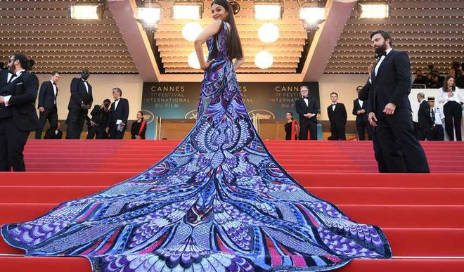 Aishwarya Stuns in Purple Outfit
