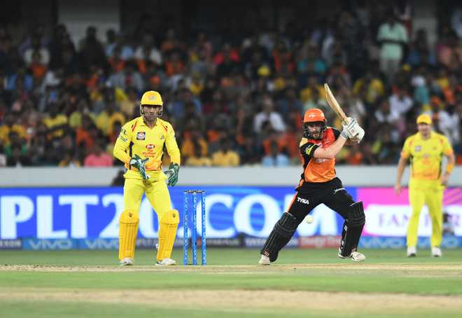 Focus On Dhoni, Williamson In Playoff