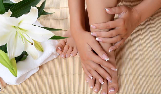 5 Tips To Lighten Dark Hands And Feet