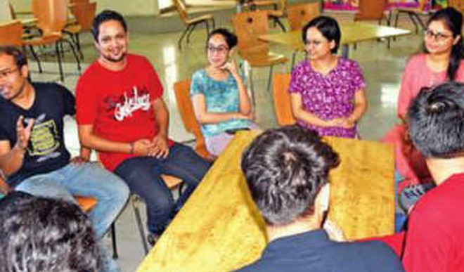 Here, Students From India, Pak Share Classroom
