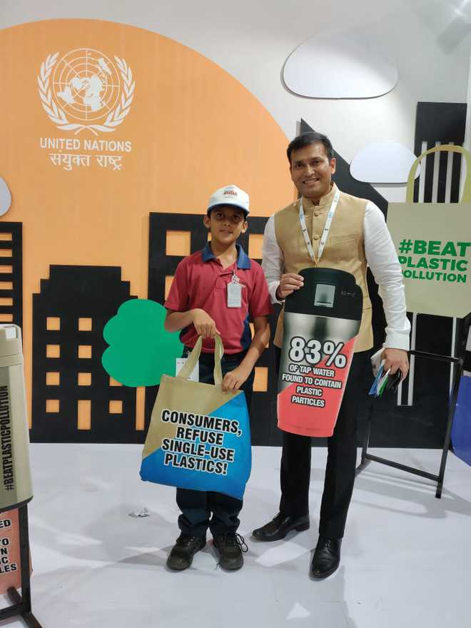 Bags Prize For His Contribution Towards Recycling Newspapers