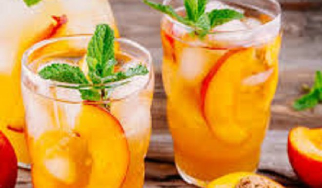 Delicious Peach and Ginger Cooler