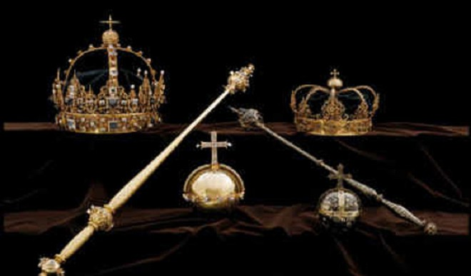 Thieves Flee With Swedish Crown Jewels