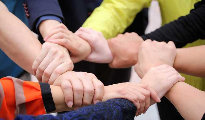 Cooperation In Everyday Activities