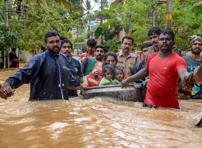 Rajnath Speaks To Kerala CM On Floods