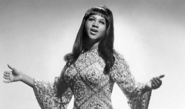 Johnson Pays Tribute To Aretha Franklin