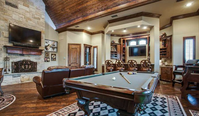 Here's How To Plan A Game Room