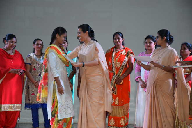 Felicitation Of Women On Course Completion