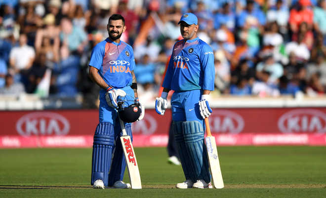 Left Captaincy To Give Kohli Time For WC: Dhoni