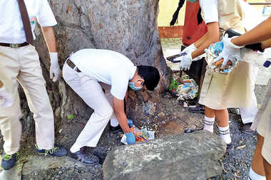 Students Wage War Against Plastic; Promote Cleanliness