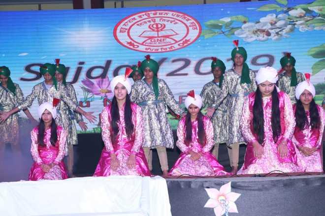 Students Sensitise All About Guru Nanak's Teachings Through 'Sajda 2019'