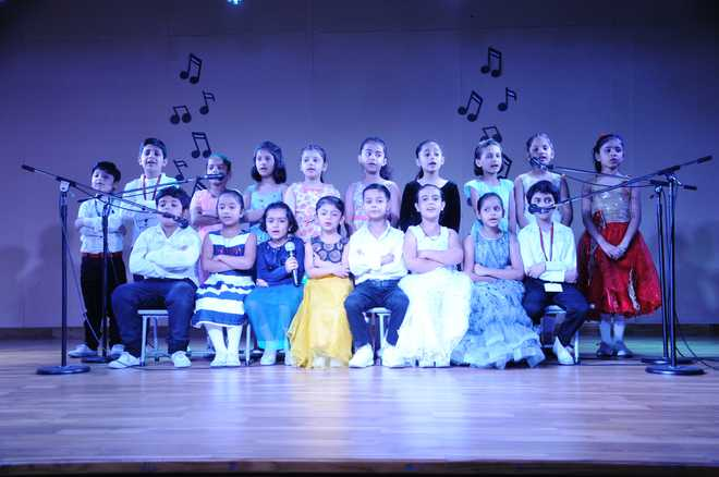 Students Present Musical Bonanza 2019