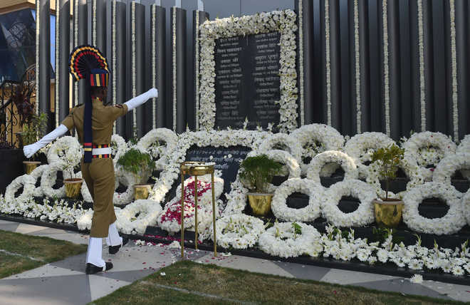 PM Pays Tributes To 26/11 Victims