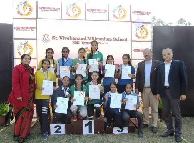 School Bestows Honour On Top Performers