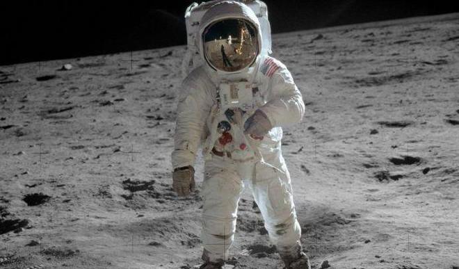 NASA To Send Man On Moon Again Soon