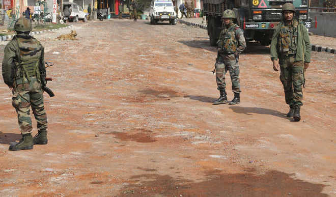 4 Army personnel Martyred In Pulwama