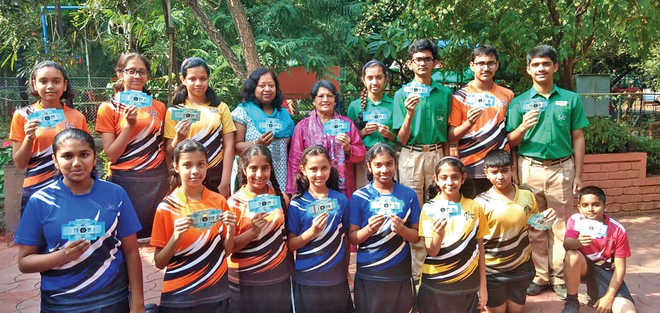 VVS Teacher Aparupa Explores Learning With A Foldscope