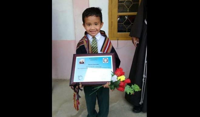 Kid Helps Injured Chick, Gets Rewarded By School