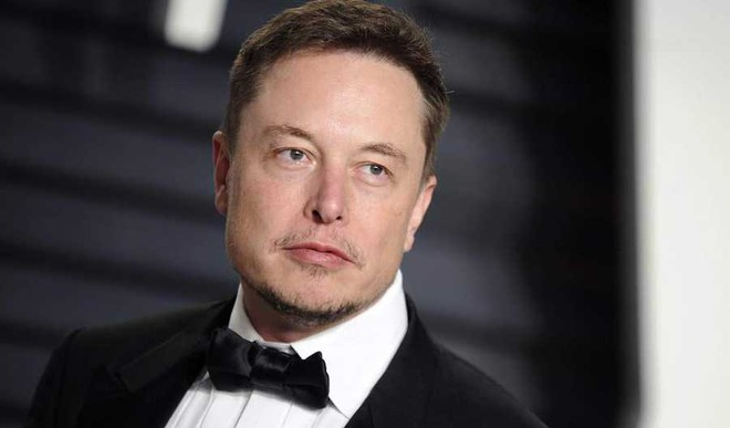 Elon Musk Loses $1 Billion In 2 Mins As Tesla Shares Tumbles