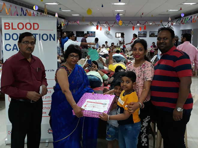 Hansarians Motivate Near And Dear Ones To Donate Blood