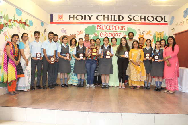 Holy Child Holds Felicitation Ceremony For Boards Toppers