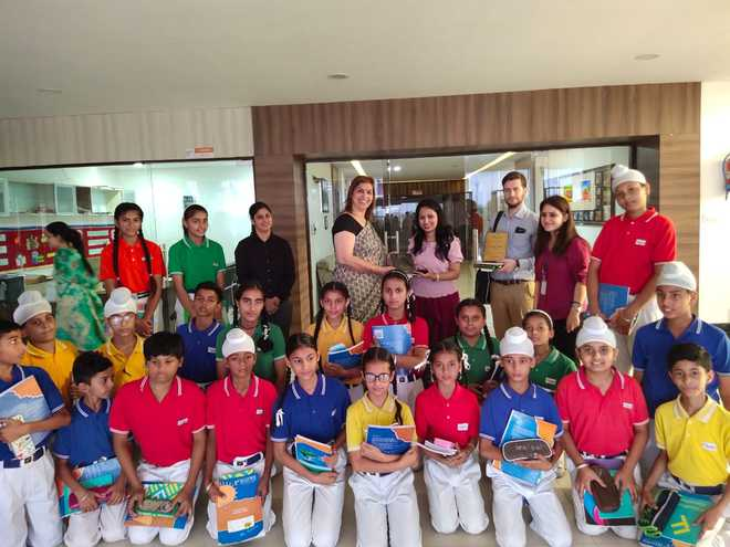 School Introduces Kids To French Culture
