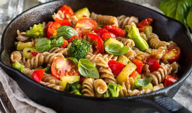 Tasty Tomato Pasta Salad