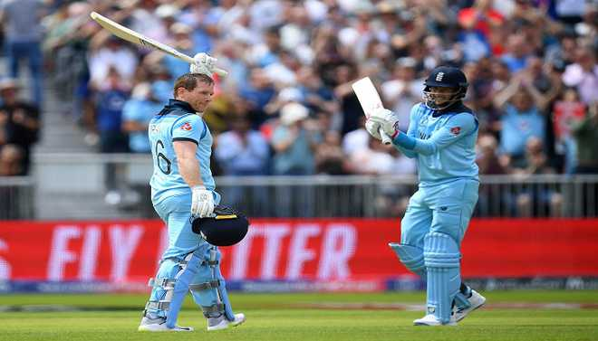 England Hit World Record 25 Sixes