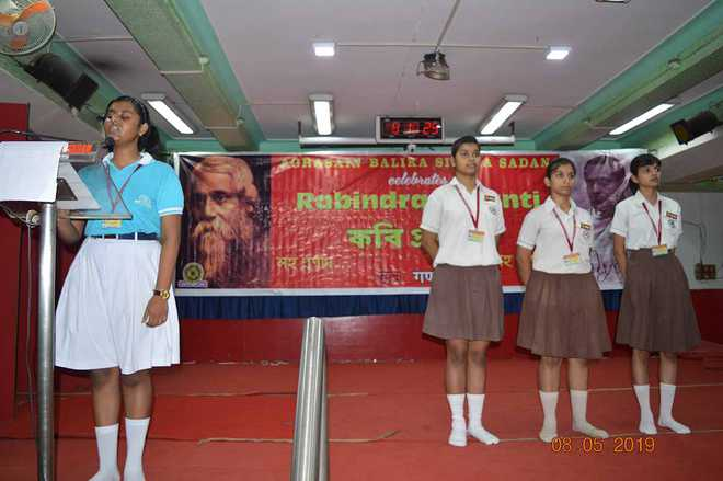 Rabindra Jayanti celebrations at Agrasain Balika Siksha Sadan