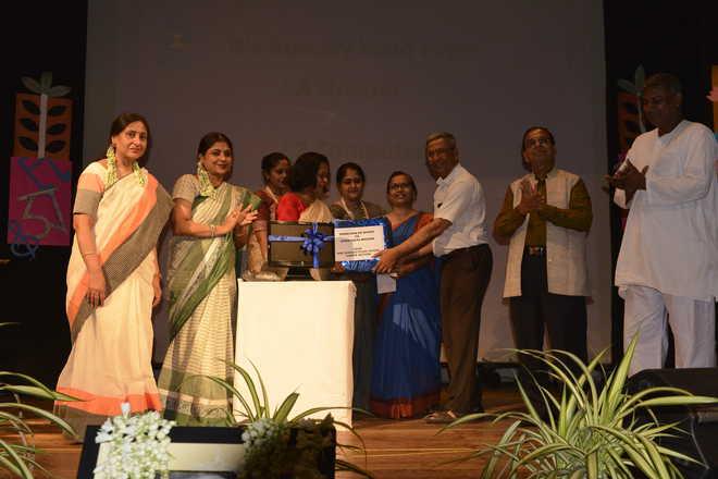 Rabindra Jayanti celebrations at Shri Shikshayatan School