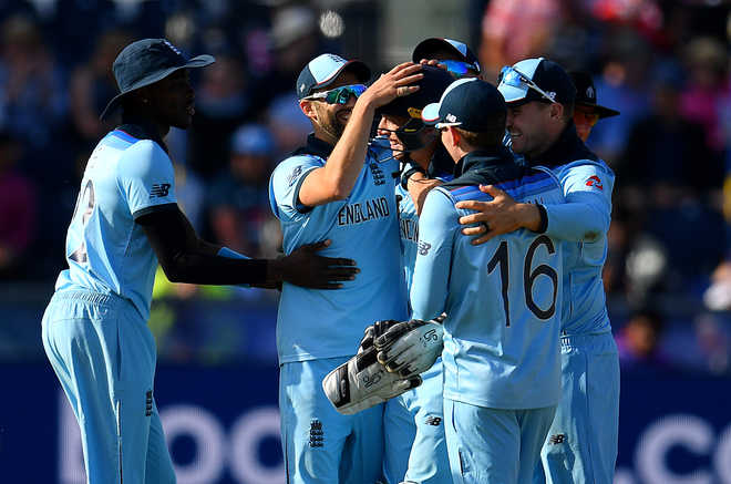 Morgan Salutes Outstanding England
