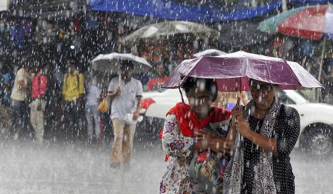 Shabrina: 5 Tips To Stay Safe This Monsoon